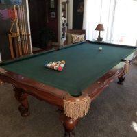 Olhausen New Orleans 8' Pool Table w/New Simonis Felt